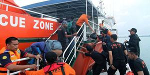 Basarnas: Evakuasi AirAsia QZ8501 Tidak Dihentikan