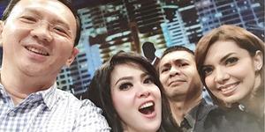 Foto Selfie Konyol Ahok, Syahrini, Raditya Dika, & Najwa Shihab