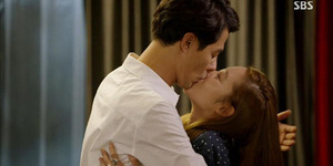 Gong Hyo Jin: Adegan Ciuman dengan Jo In Sung Menyakitkan