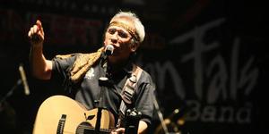 Iwan Fals Gelar Konser Akbar Nyanyian Raya Maret 2015