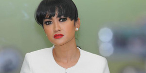 Julia Perez Diancam Wanita yang Dihamili Gaston Castano