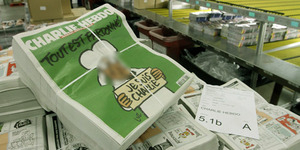 Majalah Charlie Hebdo Cover Nabi Muhammad Laku Rp 1,4 M