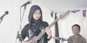 Meliani, Gadis Berhijab Metal Dicalonkan jadi Gitaris Megadeth
