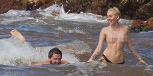 Miley Cyrus Telanjang Dada Bareng Patrick Schwarzenegger di Pantai