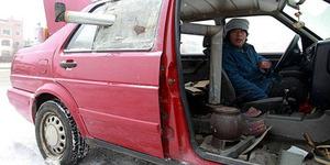 Mobil Modifikasi di Tiongkok Dilengkapi Kompor