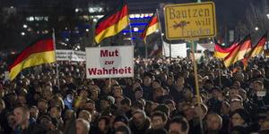 Pawai Anti-Islam di Jerman Mendapat Tandingan dari Pendukung Pro-Islam