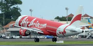 Pesawat AirAsia Mengalami Mesin Mati, Penumpang Ketakutan