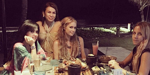 Syahrini Makan Malam Bareng Paris Hilton di Bali