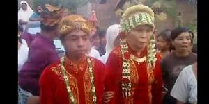 Video Anak SMA Lombok Nikahi Nenek-Nenek Bikin Heboh