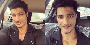 Vin Rana Pamer Foto Selfie di Dalam Mobil Baru