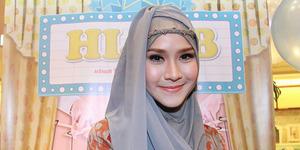 Zaskia Adya Mecca Tanggapi Kritikan Film Hijab Melenceng dari Islam