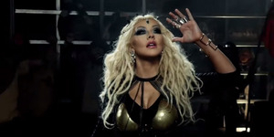 Christina Aguilera Seksi & Futuristik di Video Promo The Voice Season 8