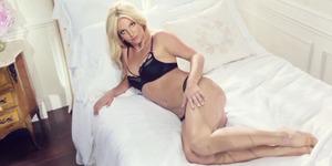 Foto Seksi Britney Spears Promosi Lingerie Terbarunya