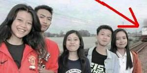 Foto Selfie Maut Remaja Madiun Tersambar Kereta