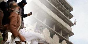 ISIS Lempar Pria Gay Dari Atas Gedung 7 Lantai