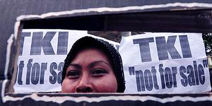 Jokowi Ancam Stop Kirim TKI, Perusahaan Malaysia Terguncang