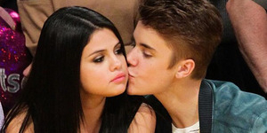 Justin Bieber Ogah Seks Selain dengan Selena Gomez
