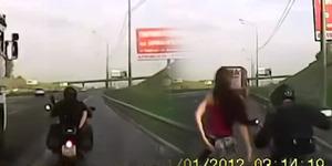 Pasangan Seks Sambil Boncengan di Moge Terekam Kamera