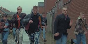 Semangat Anti Kekerasan U2 di Video Klip Every Breaking Wave