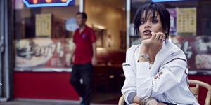 Ulang Tahun Ke-27, Rihanna Pamer Foto Topless