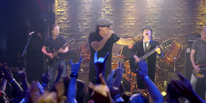 AC/DC Rilis Video Klip Rock The Blues Away