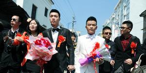 Anak Gay, Ayah Surati 1.000 Anggota Parlemen untuk Legalkan Pernikahan Sejenis