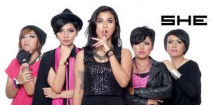 Daeztyne Jadi Vokalis Baru Band SHE