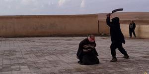 ISIS Penggal 3 Pria Gay di Irak Utara