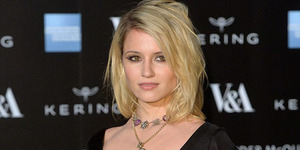 Payudara Dianna Agron Terekspos di Savage Beauty Fashion Gala