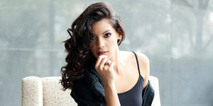 Stephanie Sigman Gadis Baru James Bond di Spectre