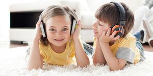 Tips Aman & Sehat Dengarkan Musik di Smartphone