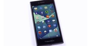 Video Keunggulan BlackBerry Leap