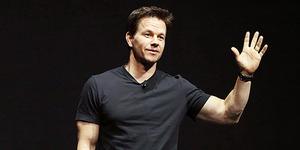 Mark Wahlberg Beri Pengemis Rp 1,3 Juta!