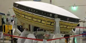 NASA Bangun Pesawat Piring Terbang