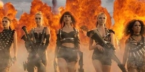 #BadBloodMusicVideo, Emoji Twitter Video Klip Taylor Swift