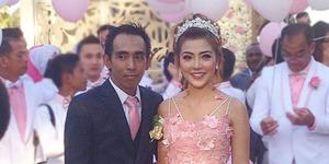 Foto Resepsi Pernikahan Bella Shofie-Suryono di Bali