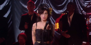 Perjalanan Hidup Amy Winehouse di Trailer Amy