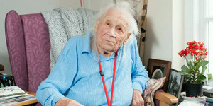 Rahasia Umur Nenek 103 Tahun, Tidak Nonton TV