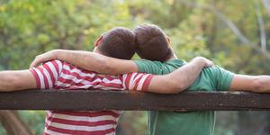 Rakyat Pendidikan & Penghasilan Rendah Risih Dekat Gay