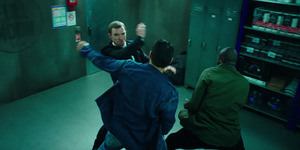 Ed Skrein Dikeroyok Penjahat di Trailer Terbaru The Transporter: Refueled