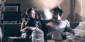 Lyla Berpisah dengan Kekasih di Video Klip Kehabisan Waktu