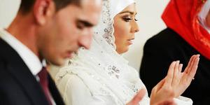 Ogah Pakai Riasan, Suami Ceraikan Istrinya Usai Malam Pertama