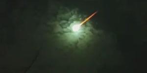 Penampakan Meteor 'Fireball' di Langit Argentina