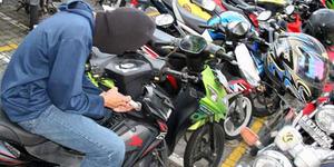 Belajar dari Youtube, 2 Bandit Mahir Congkel Motor Kunci Ganda