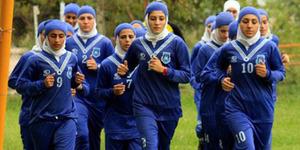 Pemain Tim Sepakbola Wanita Iran Ternyata Cowok