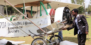Gagal Jadi Pilot Karena Pendek, Zeferu Bikin Pesawat Sendiri