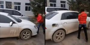 Hancurkan Mobil Mewah Suami Selingkuh Marak di China
