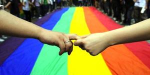 iHomo, Solusi Kaum Gay dan Lesbi Hadapi Orang Tua
