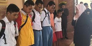 14 Pelajar Bolos Dimarahi Wali Kota Risma: Kalian itu Maunya Gimana?