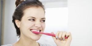 3 Masalah Kesehatan Akibat Malas Gosok Gigi